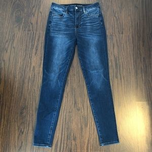 American eagle Jeans super high rise stretch sz 8